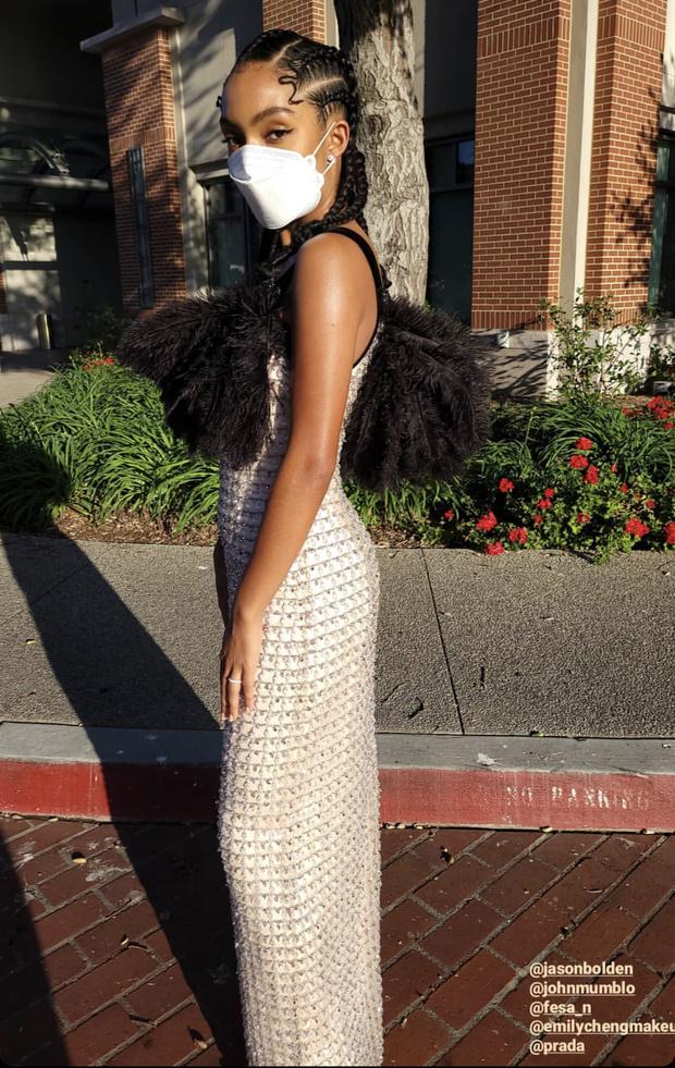 Фото №3 - Завораживающее хрустальное платье Prada Яры Шахиди