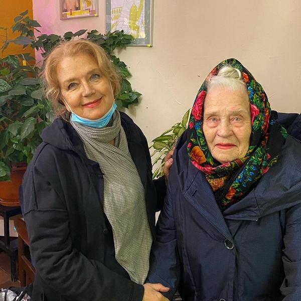 Фото №2 - Дочь Ирины Алферовой показала 69-летнюю маму и 98-летнюю бабушку