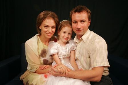 Новая экранная семья Нелли