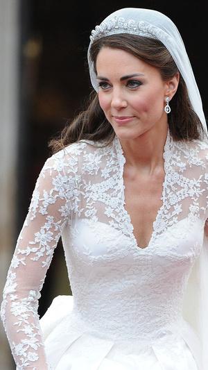 Фото №5 - 10 любопытных фактов о свадебном платье герцогини Кейт