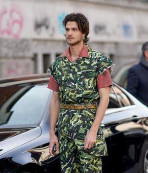 Фото №6 - 9 стильных стрижек для мужчин: тренды осени-2020