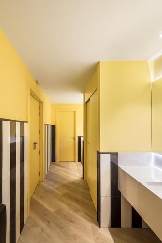 Фото №8 - Яркий офис в Барселоне по проекту El Equipo Creativo