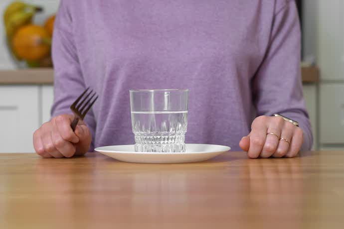Интервальное голодание: всем ли оно подходит?
