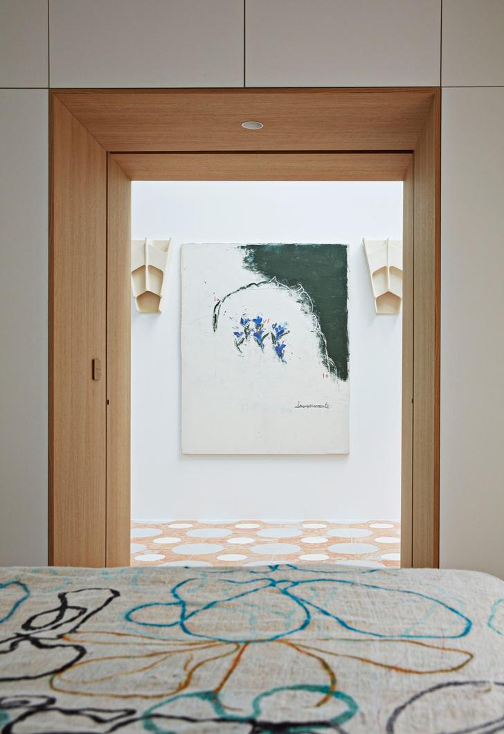 Фото №10 - Среда обитания: квартира галеристки Амели дю Шарлар в Париже