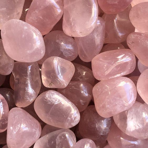Фото №2 - Какой кристалл подарит удачу твоему знаку зодиака?