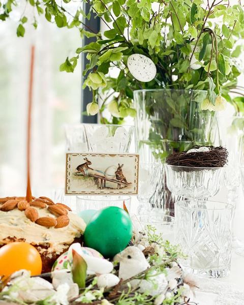 Фото №5 - Домашние куличи и яйца в стразах: как звезды отметили православную Пасху
