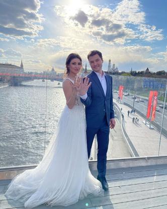 Фото №3 - Свадьба актрисы Анастасии Макеевой и Романа Малькова в Крыму: праздник длиной в неделю