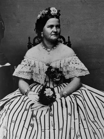 Фото №6 - Скелеты Белого дома: 8 скандалов с участием американских Первых леди