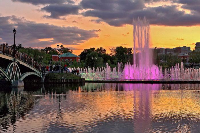 Фото №1 - 13 лучших парков Москвы для семейного отдыха