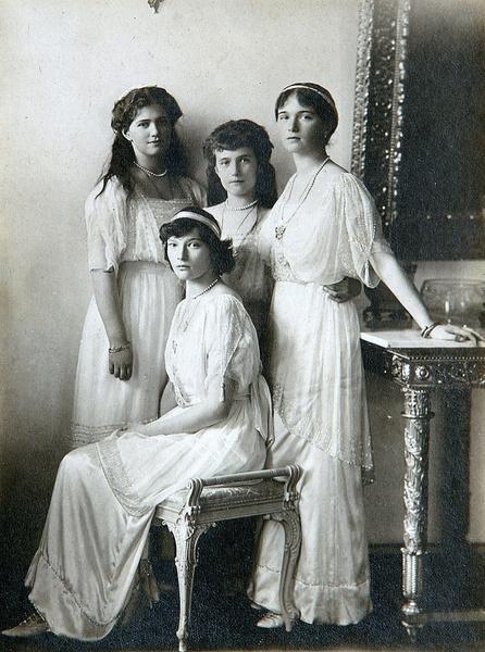 Фото №8 - «Дочь отца», «Гувернантка», «Мадам Бэккер», «Швыбзик»: какими были, что и кого любили великие княжны Романовы