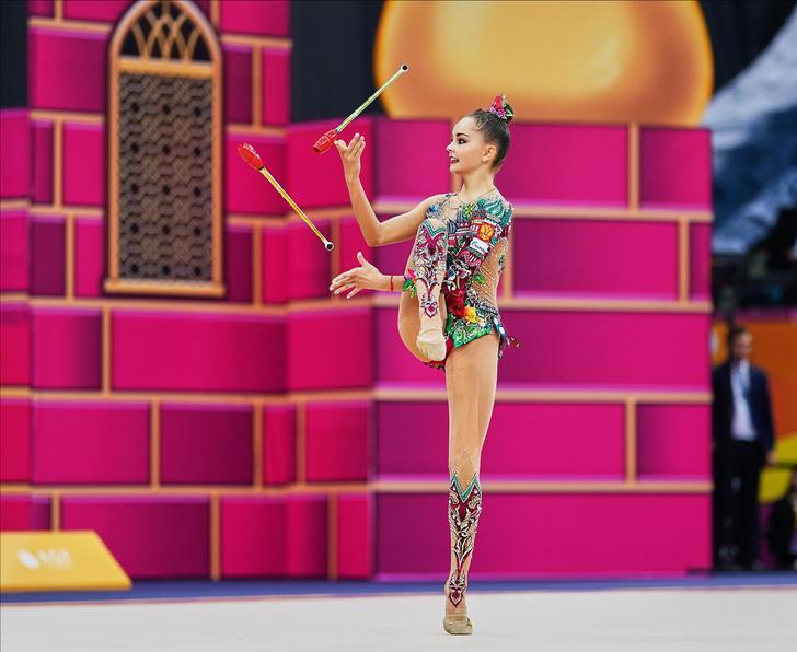 Фото №10 - Хотели уйти из спорта в 13 лет: как Винер спасла карьеру звезд гимнастики сестер Авериных