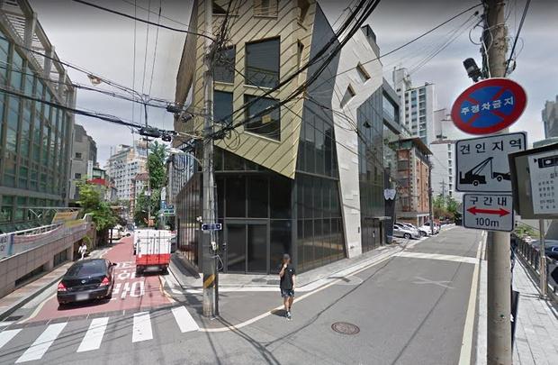 Фото №8 - 8 k-pop айдолов, которых можно найти в Google картах