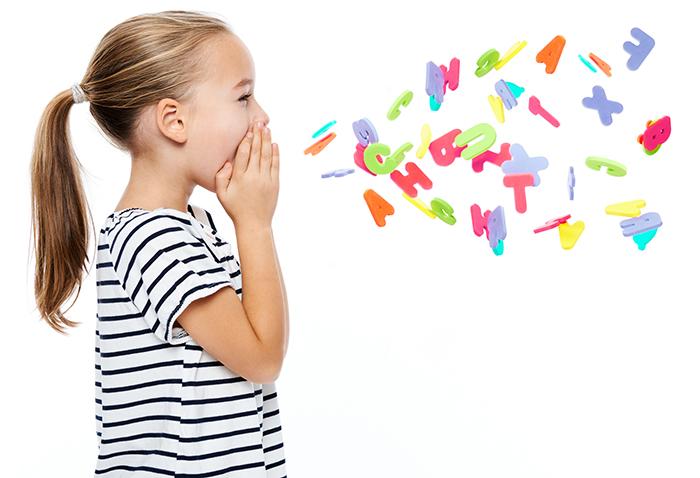 Фото №1 - Можно ли ребенку учить несколько языков сразу?