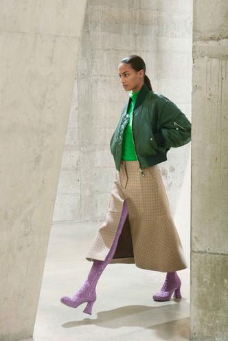 Фото №12 - 5 моделей юбок, которые давно устарели (и чем их заменить)