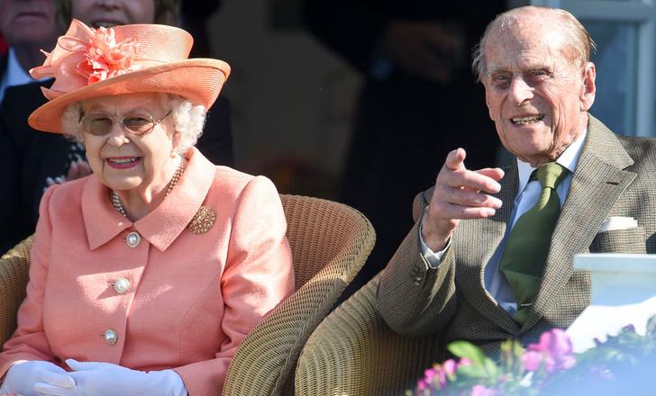 Фото №2 - Секреты Ее Величества: о чем Королева пишет в свой тайный дневник