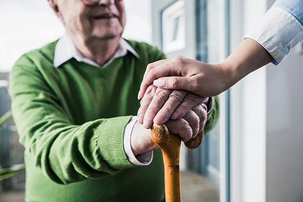 Фото №2 - Как дочкина забота помогла дедушке победить запущенный рак