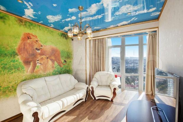 Фото №2 - Натяжные потолки, от которых хочется плакать: 40 реальных фото
