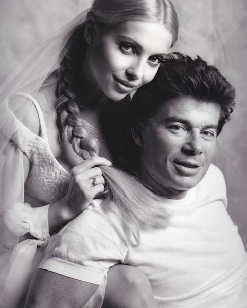 Фото №2 - Юдашкин свидетель и кольца от Тиффани: Газмановы поженились вновь