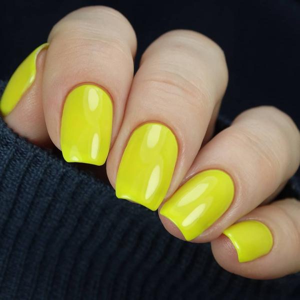 Фото №10 - Яркий маникюр: 12 летних идей для коротких ногтей
