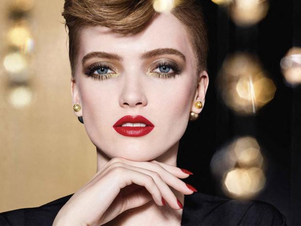 Фото №1 - Зимняя сказка: Dior представляет праздничную коллекцию макияжа Golden Nights