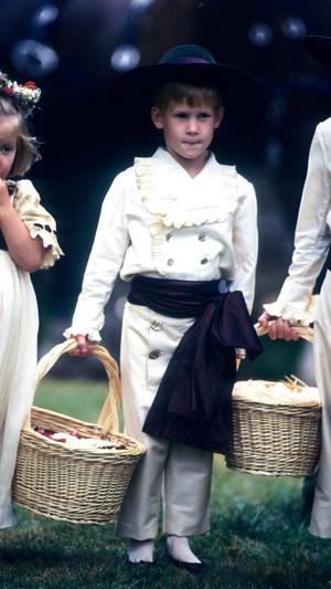 Фото №10 - Самые важные гости: маленькие Виндзоры на королевских свадьбах