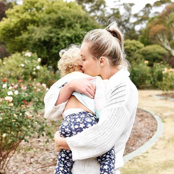 Фото №1 - Мучительный опыт: что пережила женщина, чтобы стать мамой