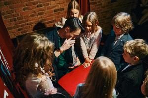 Фото №7 - Как вернуть ребенку веру в чудо— узнаете в Музее Магии в Петербурге