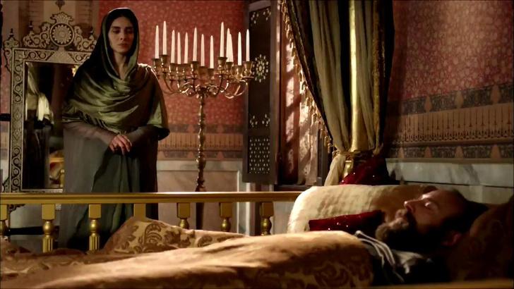 Фото №5 - «Великолепный век»: 8 причин, почему Махидевран Султан получила по заслугам✊