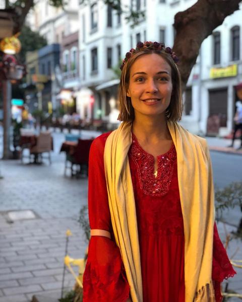 Фото №1 - «В моем теле индеец»: поэтесса из Питера забеременела от шамана из Перу, с которым виделась лишь раз