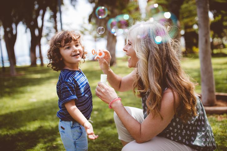Фото №1 - «Мама портит мне ребенка своим воспитанием— она постоянно со мной спорит»