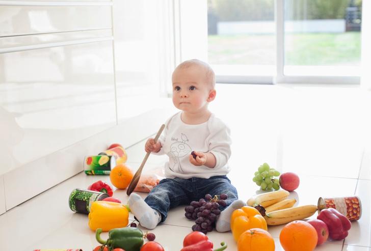 когда переводить ребенка на твердую пищу