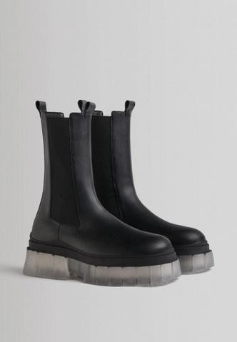 Фото №4 - Модные ботинки на осень 2021: 5 стильных моделей, которые точно тебе понравятся