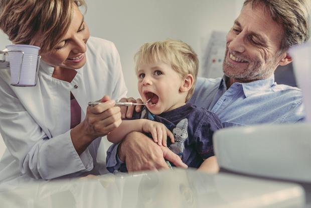 Ребенок боится лечить зубы что делать