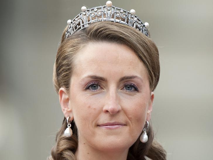 Фото №17 - Самые роскошные и дорогие тиары королевской семьи Бельгии