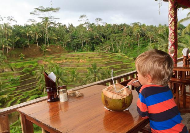 Фото №2 - Новый год под пальмами: как уберечься от инфекций