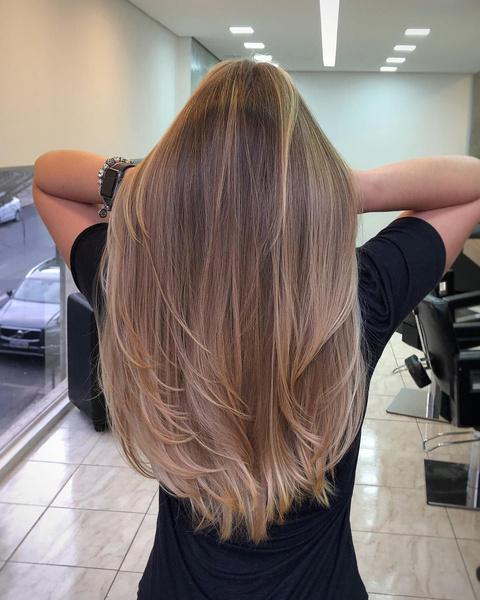 Фото №5 - 5 стильных стрижек для тех, кто не готов расстаться с длинными волосами
