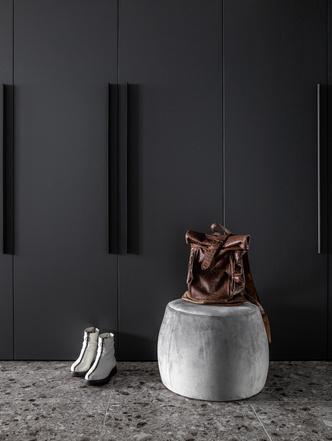 Фото №3 - Графика и минимализм: квартира для студента в Уфе 76 м²