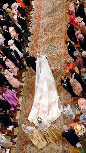 Фото №3 - Какой была свадьба короля Филиппа и королевы Летиции: история в фотографиях
