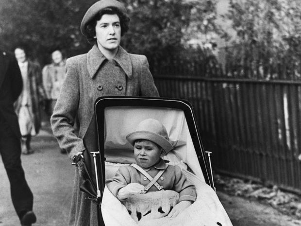 Фото №4 - Такое разное детство: как юные годы Чарльза и Камиллы повлияли на их будущую жизнь