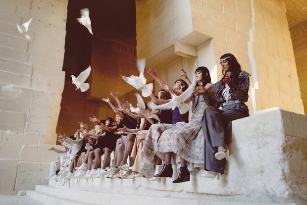 Фото №20 - Отныне мода— это черно-белое кино. Так провозгласили Chanel, так тому и быть