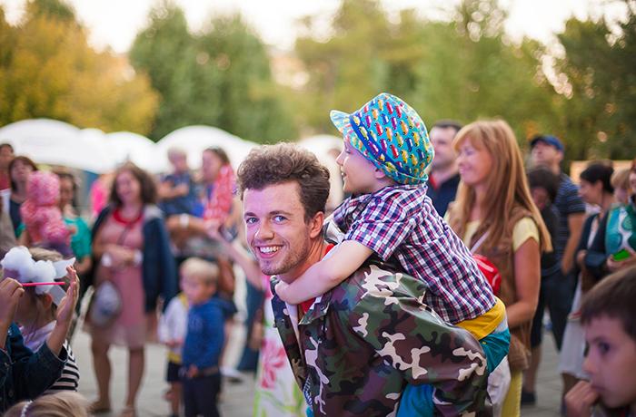 Фото №2 - Семейный фестиваль Галафест соберет друзей в Саду «Эрмитаж»!