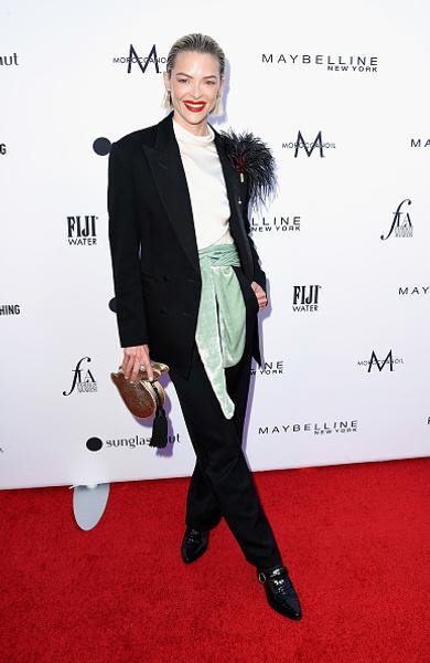 Кто подтвердил звание модной иконы, а кто оконфузился на Fashion Los Angeles Awards