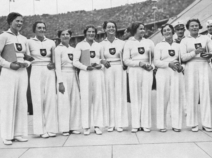 Фото №1 - 10 самых удачных примеров олимпийской формы из истории летних Олимпиад