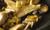 Как готовить блюда с грибами лисичками?