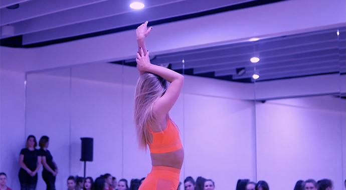 Танец как способ самовыражения и терапия для души