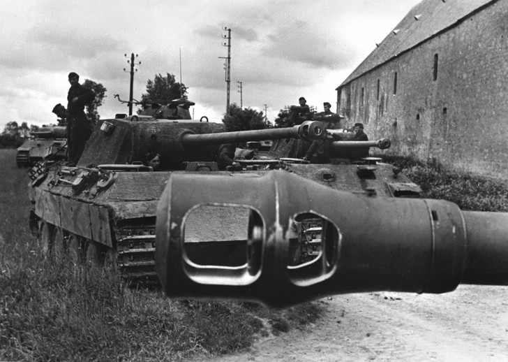 Фото №2 - Багира промахнулась. Почему танк «Пантера» не оправдал ожиданий