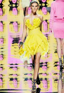 Фото №16 - Неделя Моды в Милане радует цветом