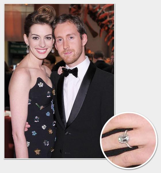 Фото №6 - Какие кольца дарят на помолвку в Голливуде?