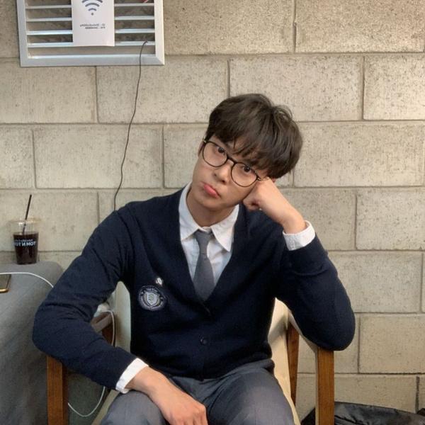 Фото №4 - Доён из NCT рассказал о своем трудном пути к карьере певца 🐰