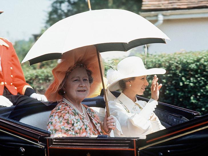 Фото №2 - Внучка своей бабушки: главная общая черта принцессы Анны и королевы-матери